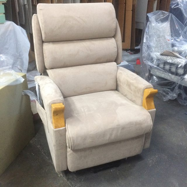 Were doing lift recliners now?! The Beaumont Lift Recliner madehellip